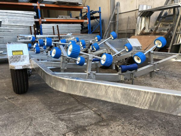 6.2m Wobble Roller Boat Trailer rated at 2000kg