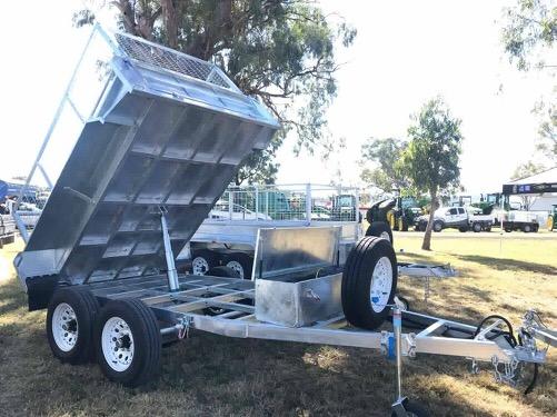 8 x 5 Hydraulic Tipping Trailer, Dual Axle, Heavy Duty, 3500kg ATM
