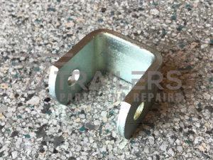 "1/2"" Front Spring Hanger 45mm Zinc Plated"