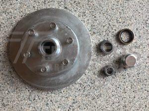 Galvanised Landcruiser Disc Hub 6 stud with SL/Ford bearings