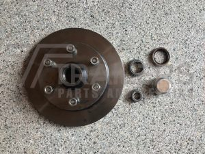 Natural Landcruiser Disc Hub 6 stud with SL/Ford bearings